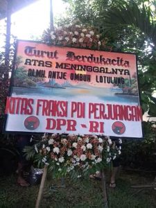 Toko Bunga Di  Warugunung